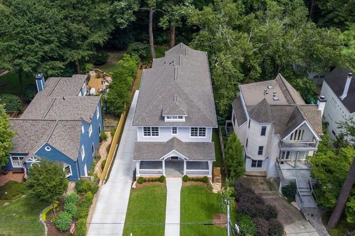 Drone photo of a new Atlanta house near Lindbergh.