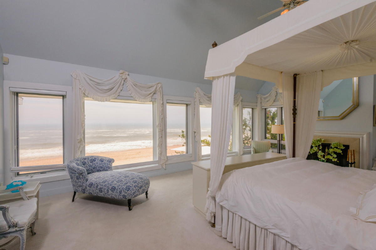 The Master Suites Of The Most Expensive Hamptons Homes Curbed Hamptons