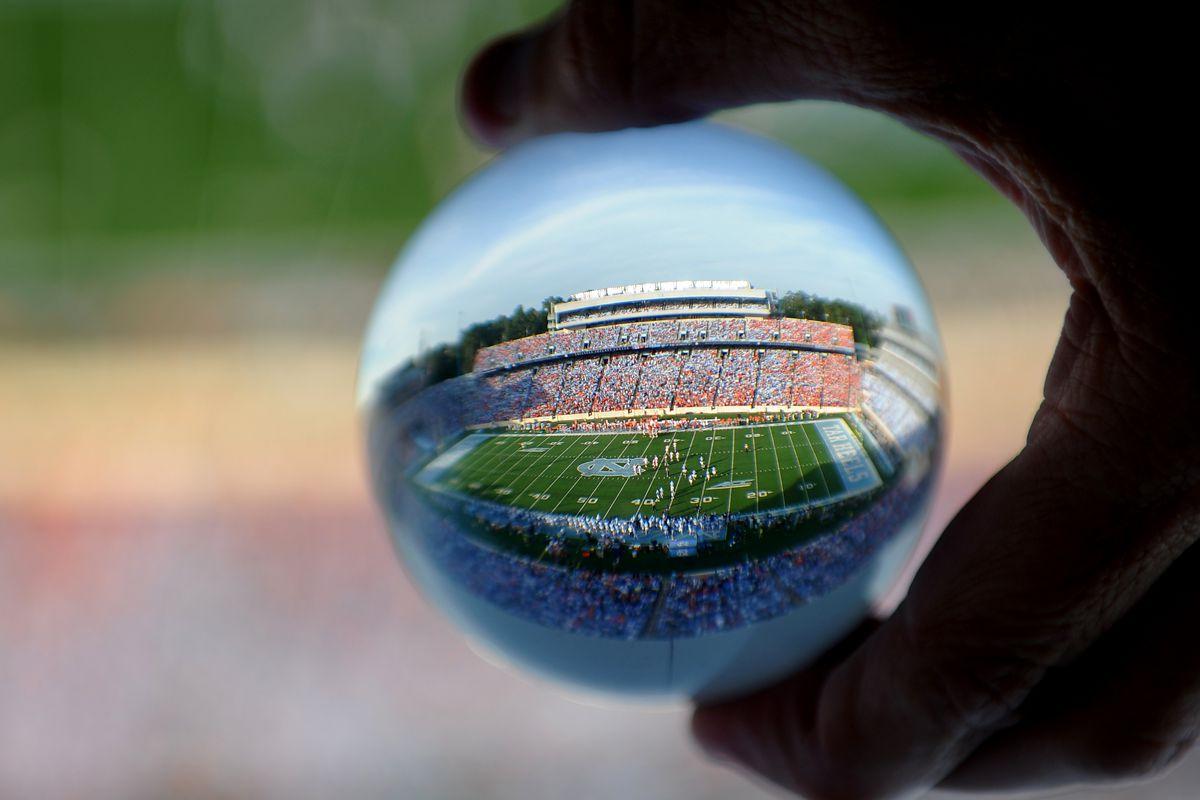 COLLEGE FOOTBALL: SEP 28 Clemson at North Carolina