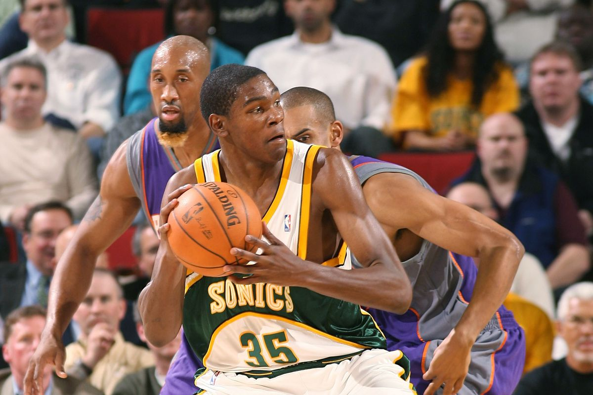 e1a2092b5 Kevin Durant is back in Seattle as the Warriors take on the Kings for an  NBA preseason game.