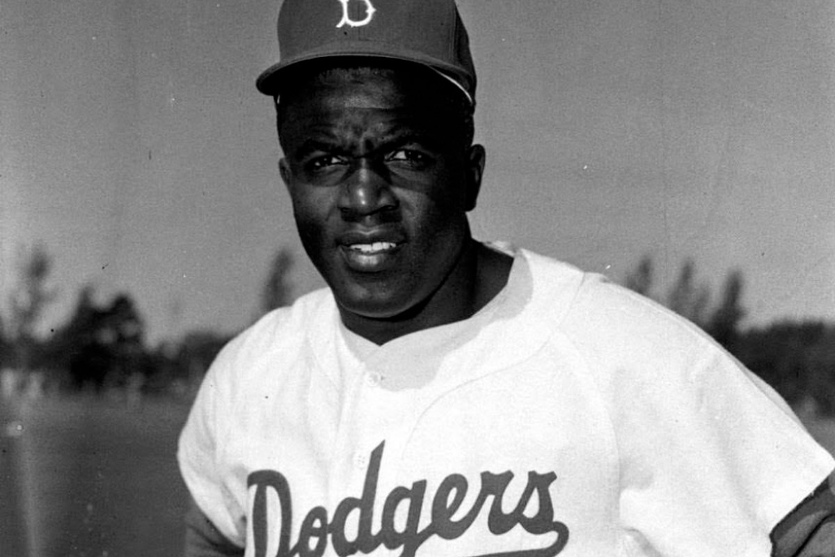 Baseball Historians Are Reminding Everyone Of How Jackie Robinson Was Treated Chicago Sun Times