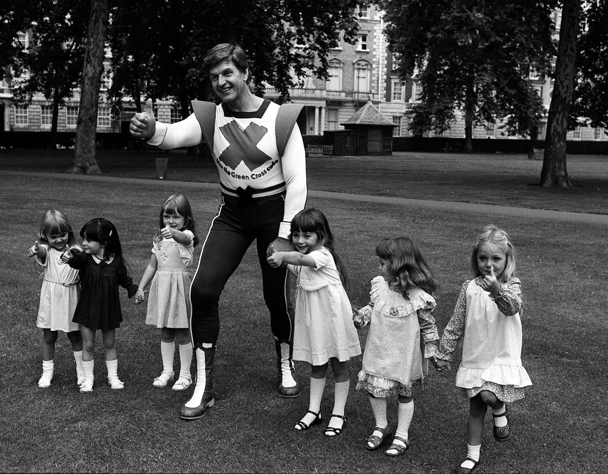 Dave Prowse Miss Pears 1981