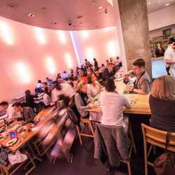 """<a href=""""http://ny.eater.com/archives/2014/04/restaurant_review_ma_peche_1.php"""">Restaurant Review: Má Pêche</a>"""