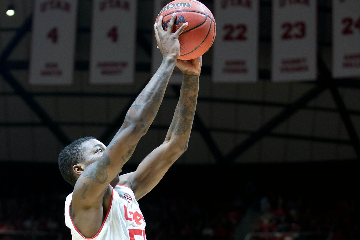 Can Delon Wright rise above contenders Frank Kaminski and Jahil Okafor to win Utah's second John R. Wooden Award?
