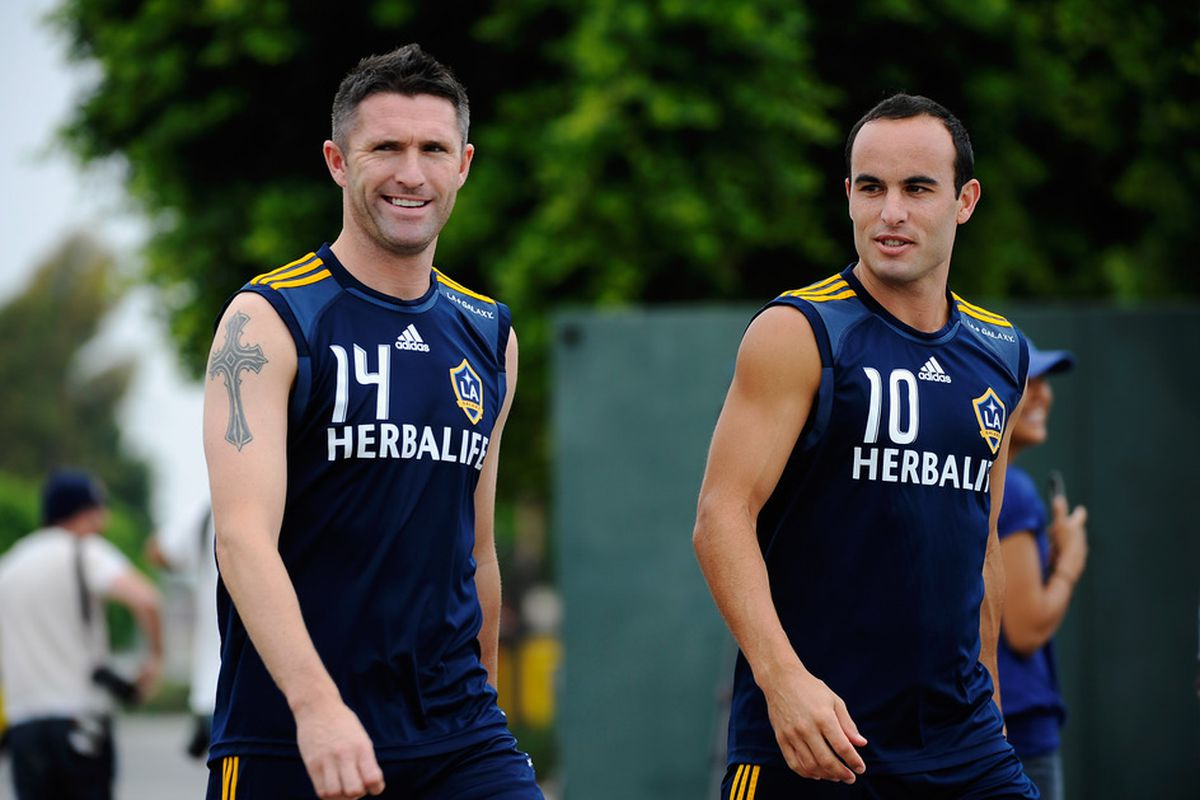 Landon Donovan was called up to the USMNT again. Is this an opportunity for Seattle to advance on the Galaxy?