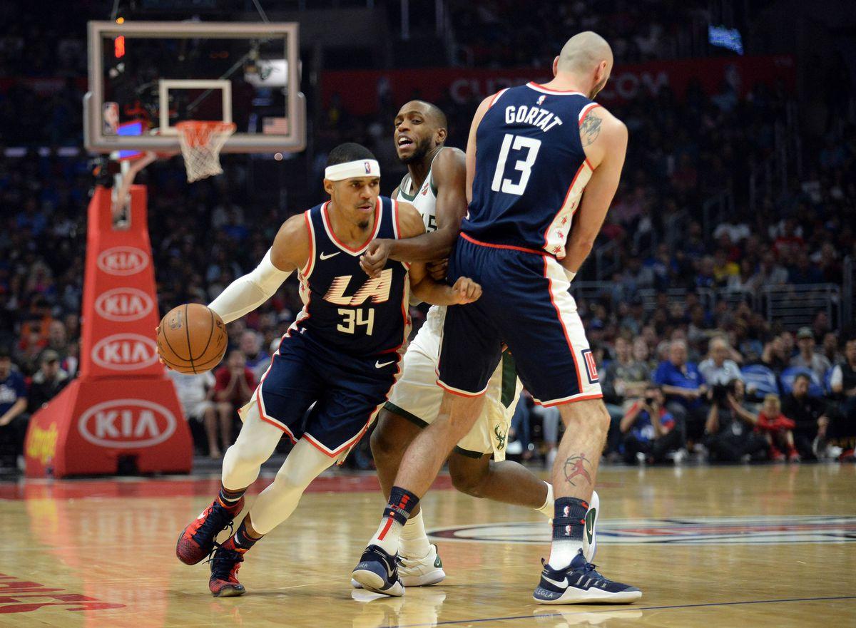 4103b4111 NBA  Milwaukee Bucks at Los Angeles Clippers