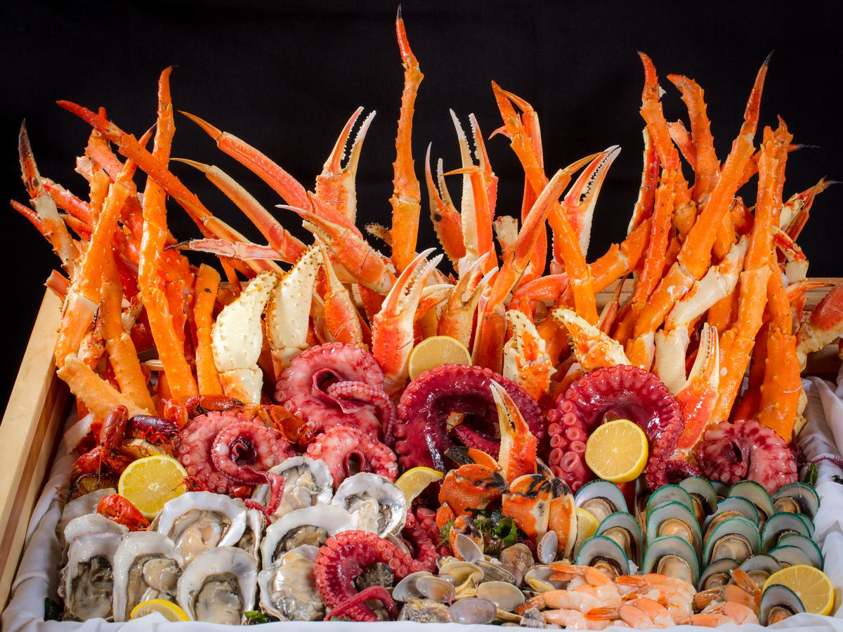 Where To Find Seafood Towers In Las Vegas Eater Vegas