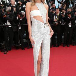 Karlie Kloss in Versace