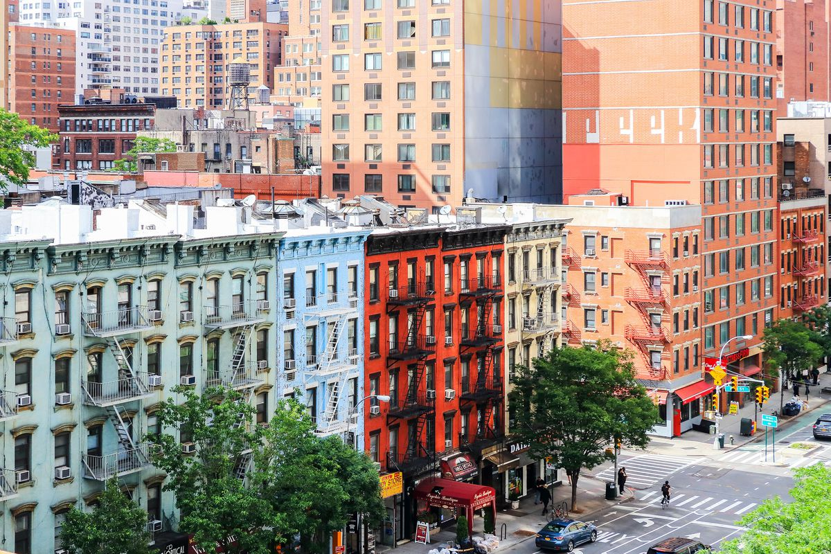 Manhattan apartment prices reach an all-time high—again ...