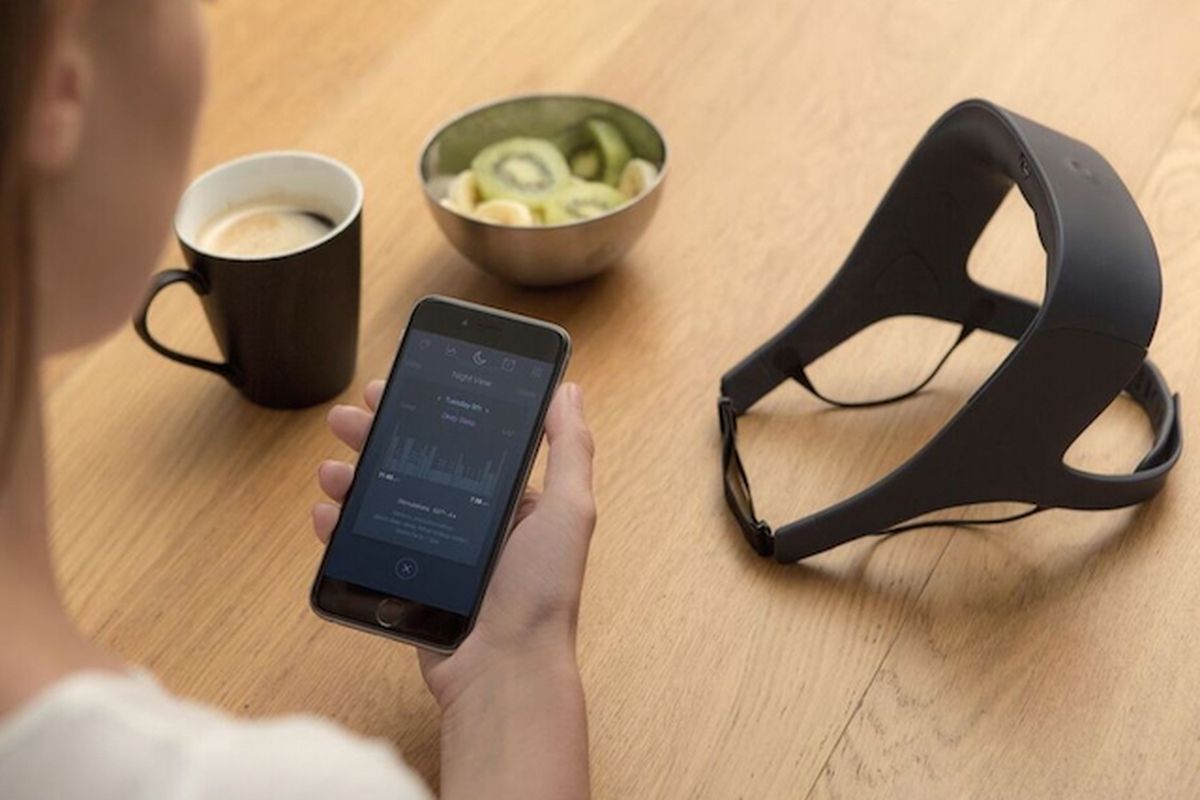 This French startup says its weird vibrating headband can improve your sleep