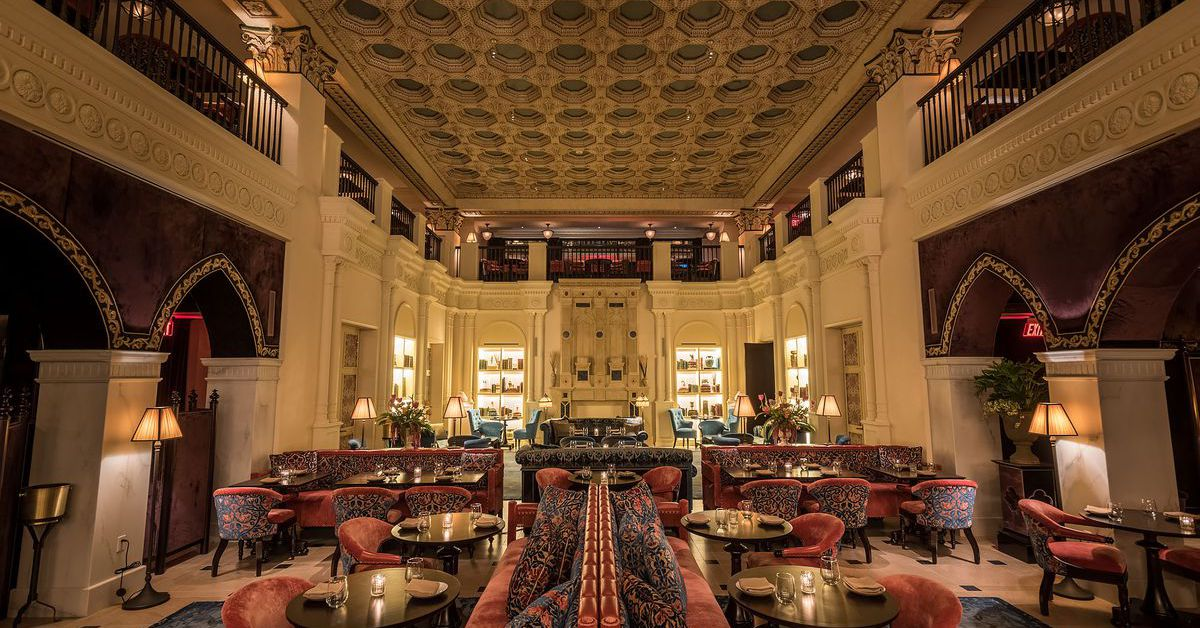Downtown La S Swanky Nomad Hotel Is Luxurious And Hip