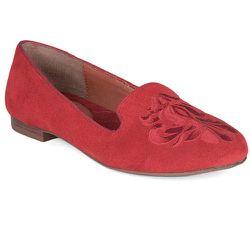 "<b>DV Dolce Vita</b> Gelle in Red, <a href=""http://www.dolcevita.com/gelle/d/1646_c_202_cl_3717"">$69</a>"