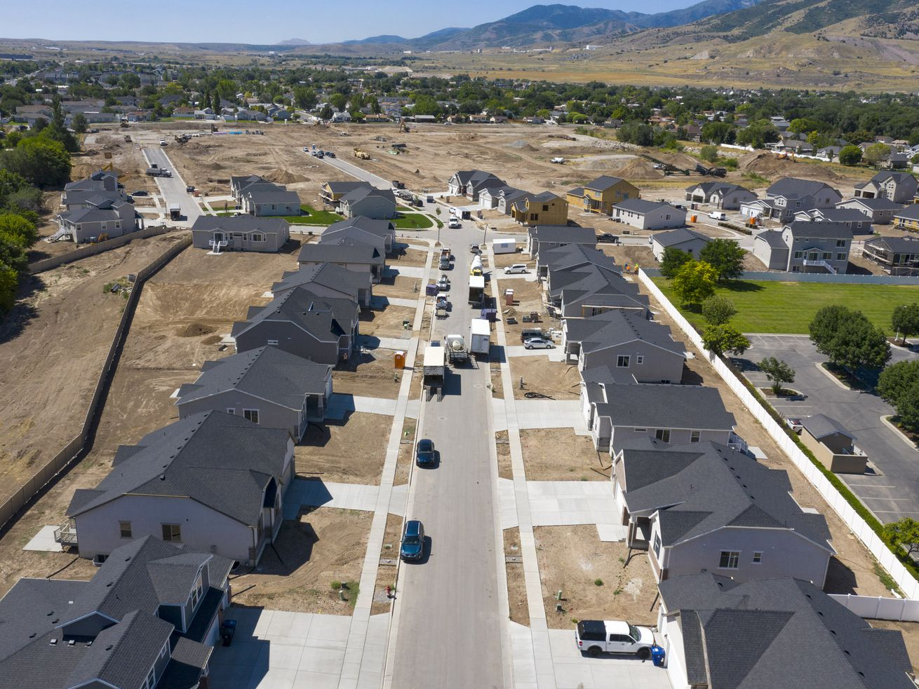 COVID-19 and low interest rates creating bidding wars in Utah housing market