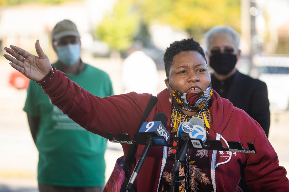 Ald. Jeanette Taylor (20th) speaks Tuesday at a news conference in her South Side ward calling for increased COVID-19 testing on the South and West sides.