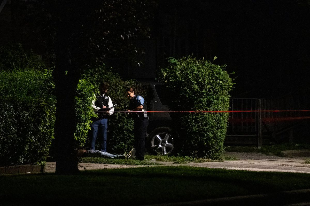 Chicago police investigate a fatal shooting in Roseland on the Far South Side.