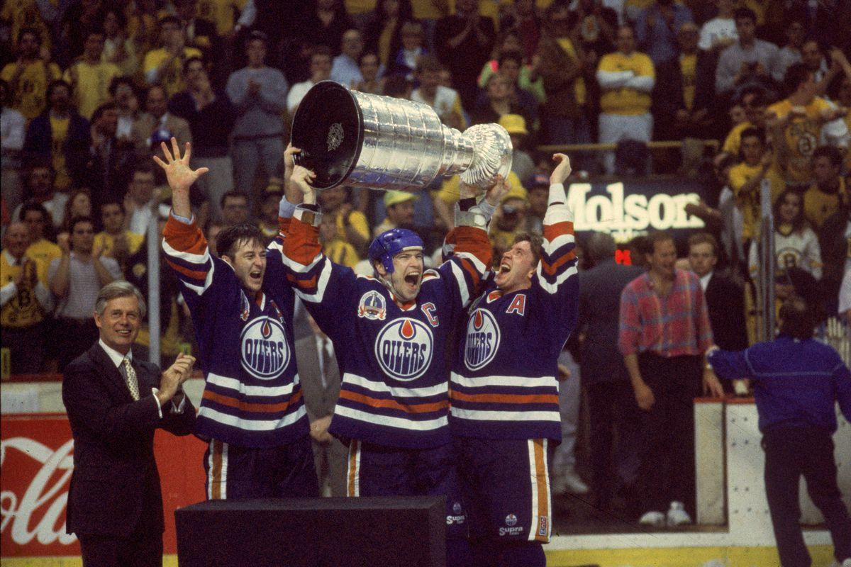 1990 Stanley Cup Finals - Game 5: Edmonton Oilers v Boston Bruins
