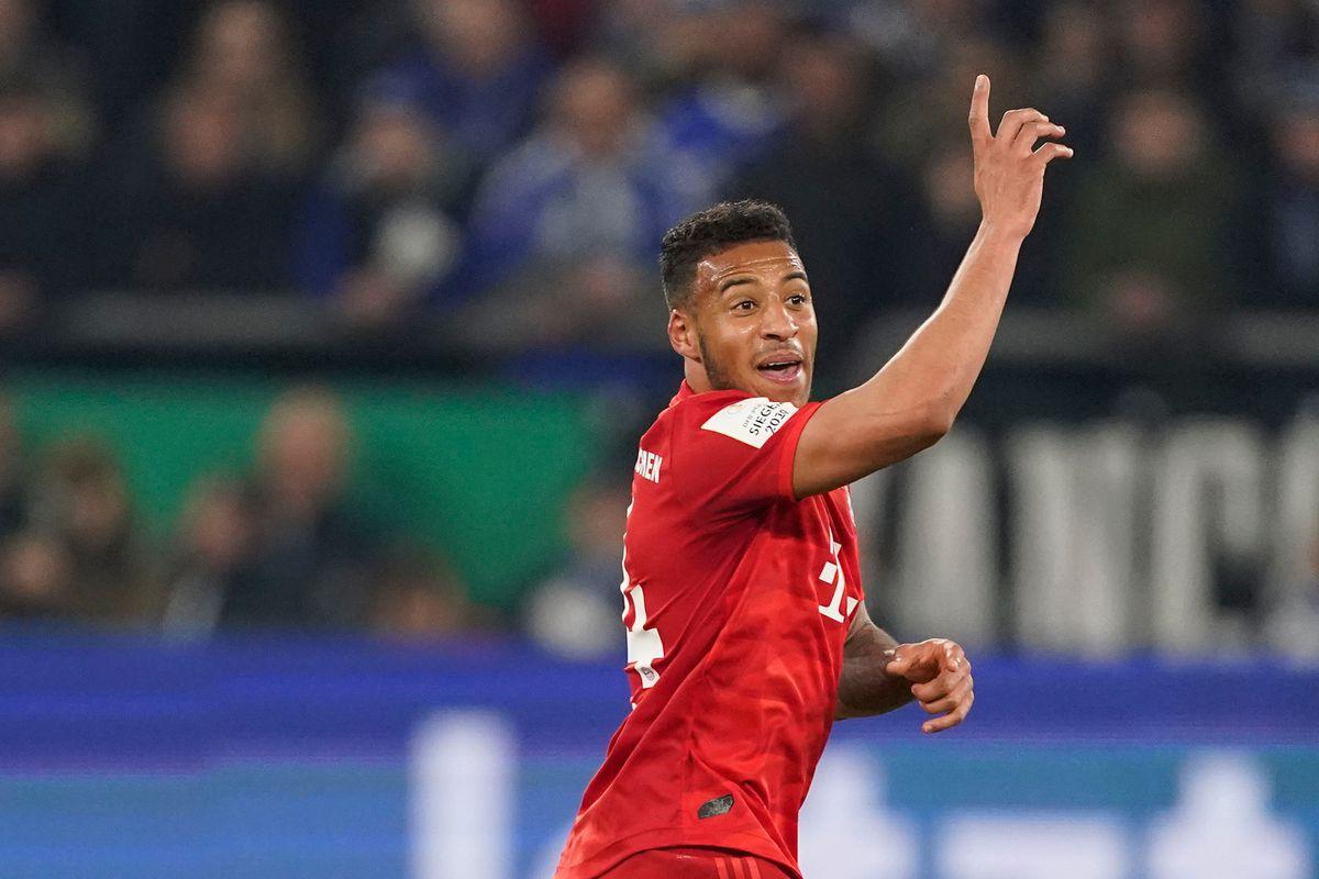 Schalke 04 v Bayern Munchen - German DFB Pokal
