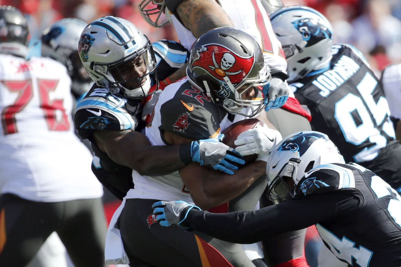 Buccaneers offense impotent in first half against Panthers
