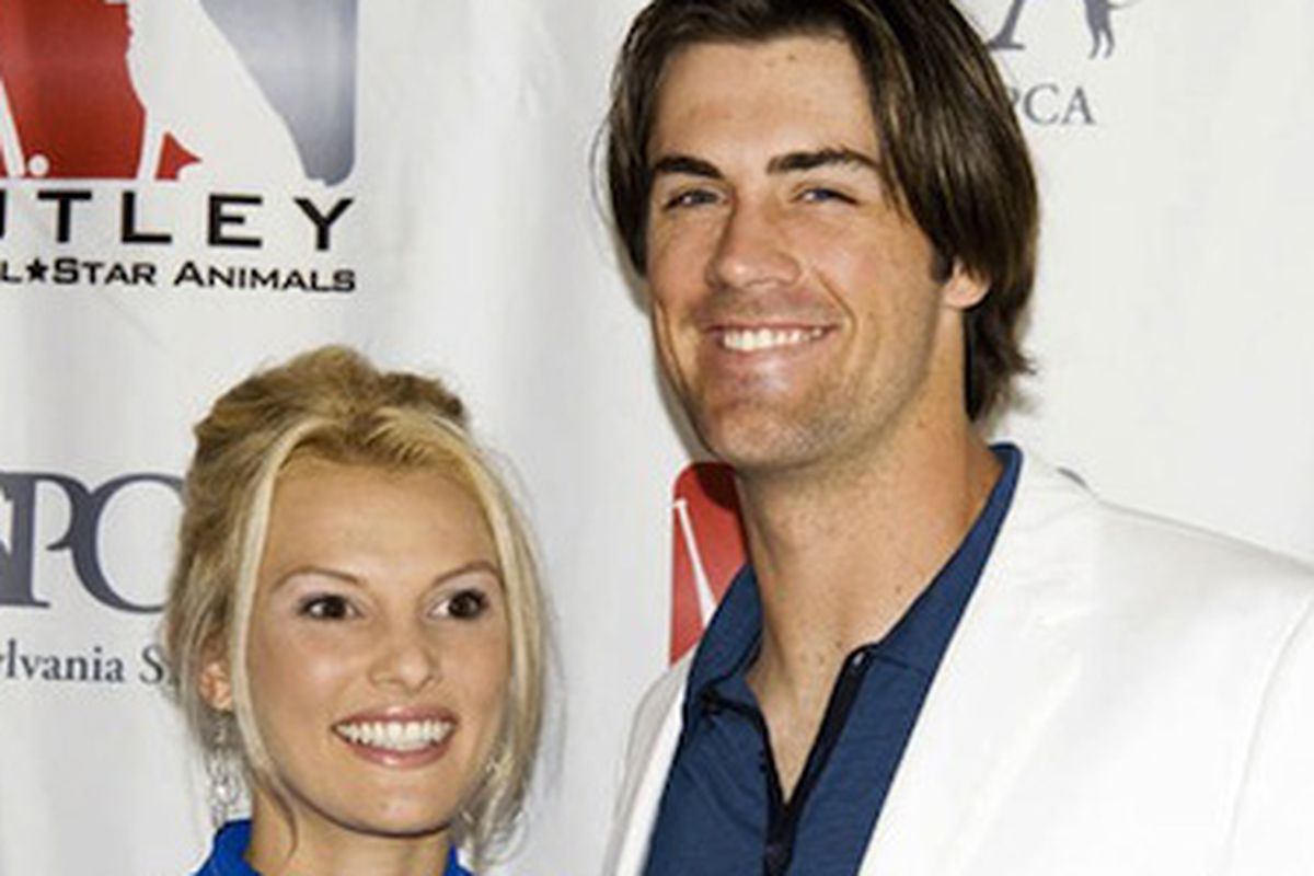 """Image credit: <a href=""""http://www.nbcphiladelphia.com/news/local/Hamels-to-Open-Office-Charity-Store-in-Bryn-Mawr-Monday-189572281.html"""">NBC 10</a>"""