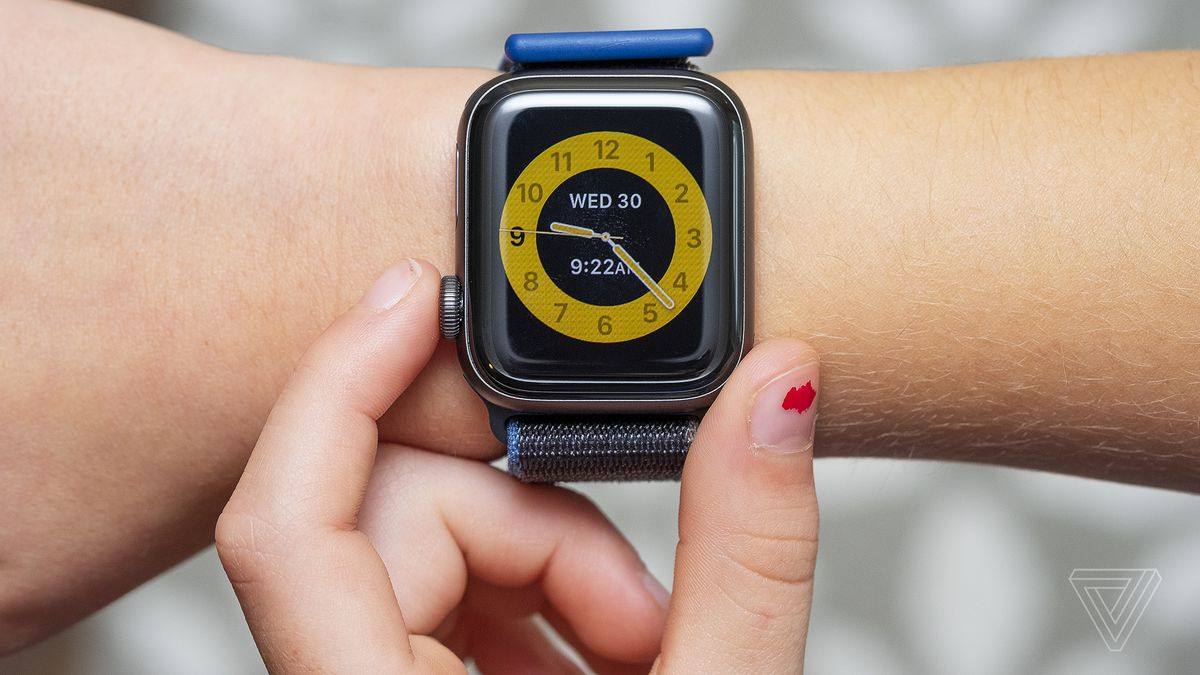 Apple Watch Family Setup review: an expensive GPS tracker for your kids -  The Verge