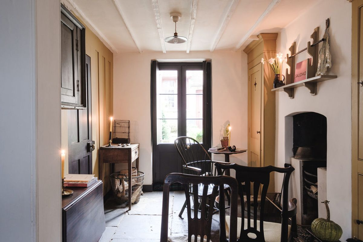 The Ground Floor And Comprise A Double Reception Room One Side Of Which Is Currently Being Used As Dining Each Section Has Its Own Fireplace