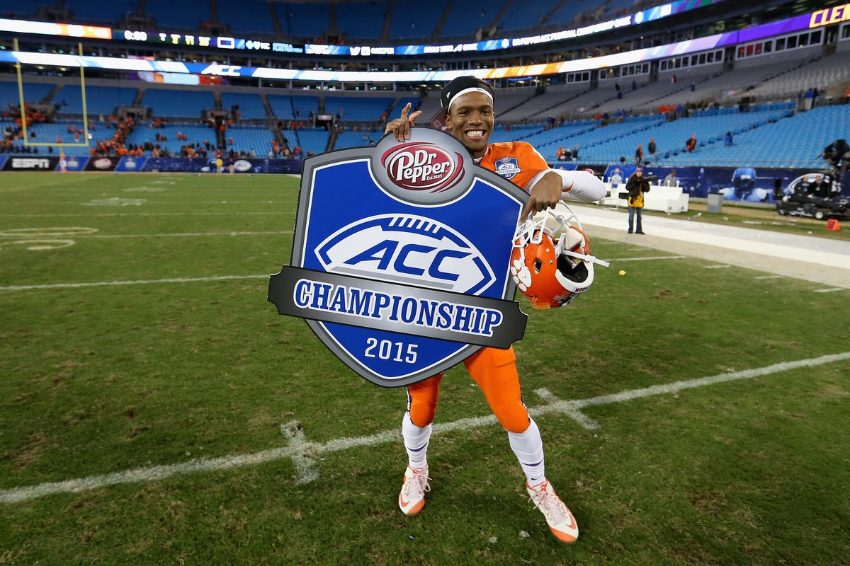 Clemson won the 2015 ACC football championship in Charlotte.
