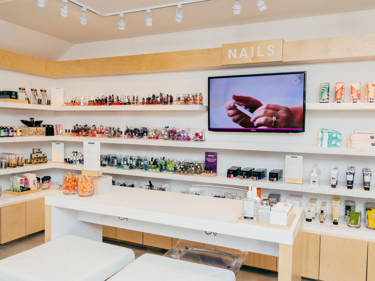 """The Birchbox nail salon; Photo by <a href=""""http://drielys.com"""">Driely S.</a> for Racked"""