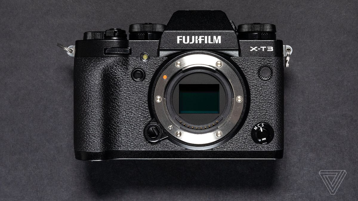 Fujifilm X T3 Announced With 261 Megapixel Sensor Better Autofocus