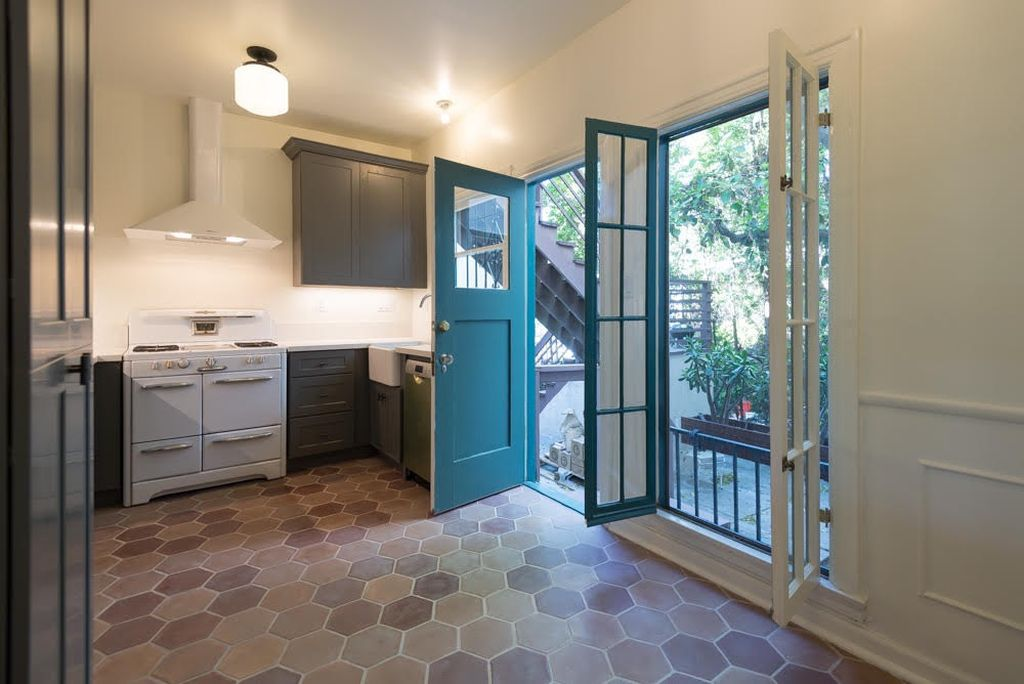 Be The First To Live In This Redone One Bedroom Apartment Los Feliz 600 Square Foot Unit Dates 1920s And It Has Attractive Tile Floors