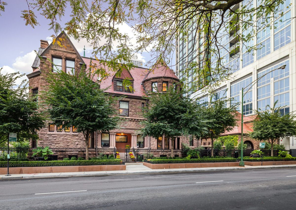 Chicago S 25 Most Expensive Homes For Sale Right Now
