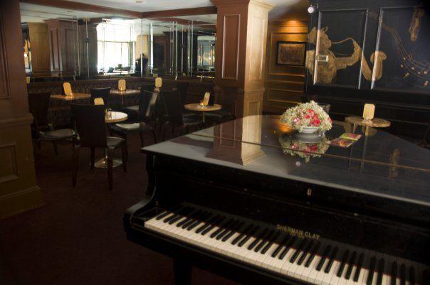 Zingari Lounge
