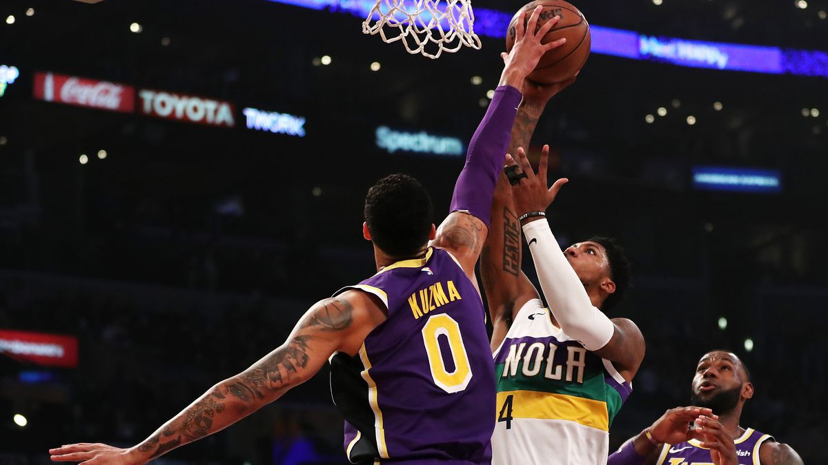 07beb3fb2 Metta World Peace says Kyle Kuzma called him and asked for help working on  his defense this summer