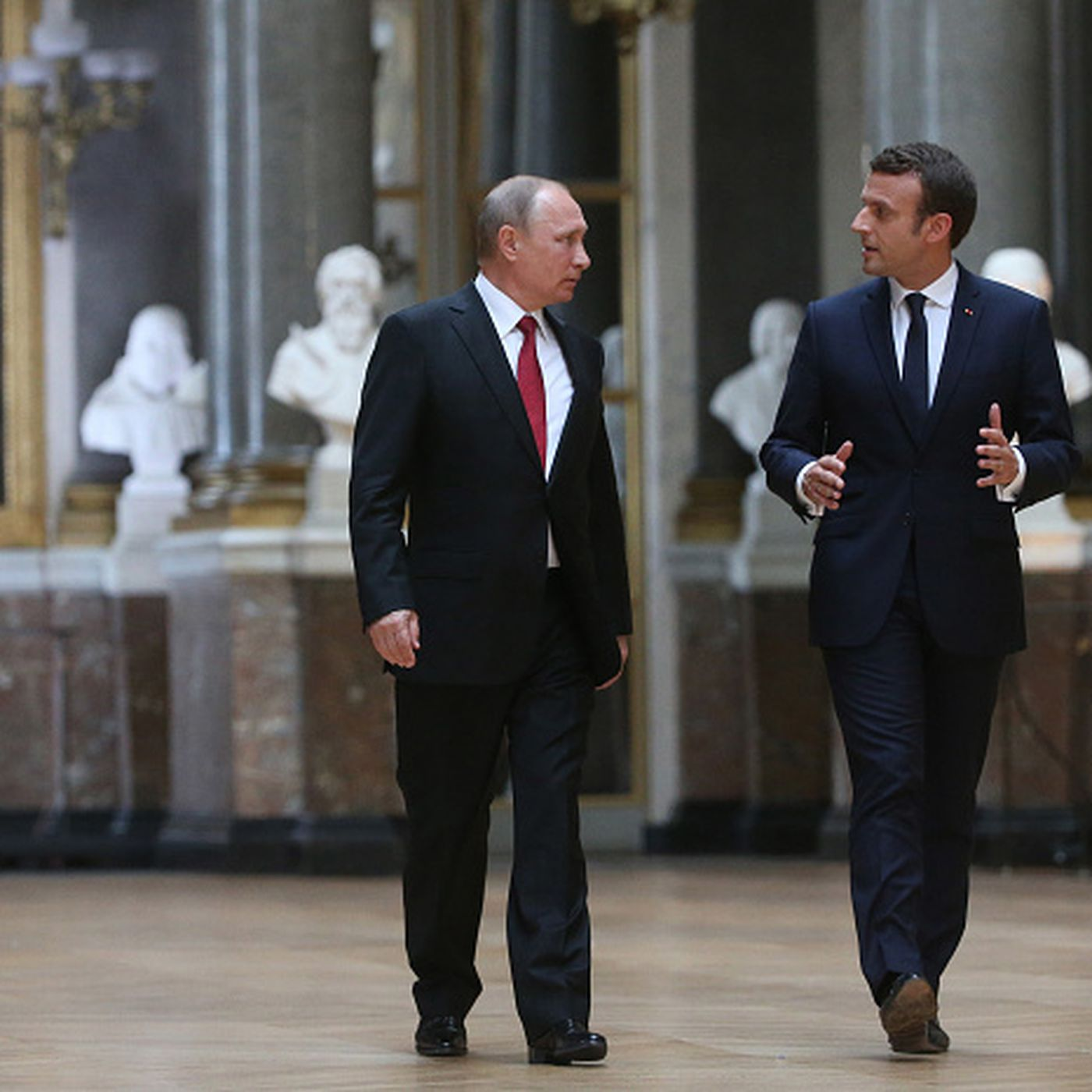 French President Emmanuel Macron Just Went After Russia To Putin S Face Vox