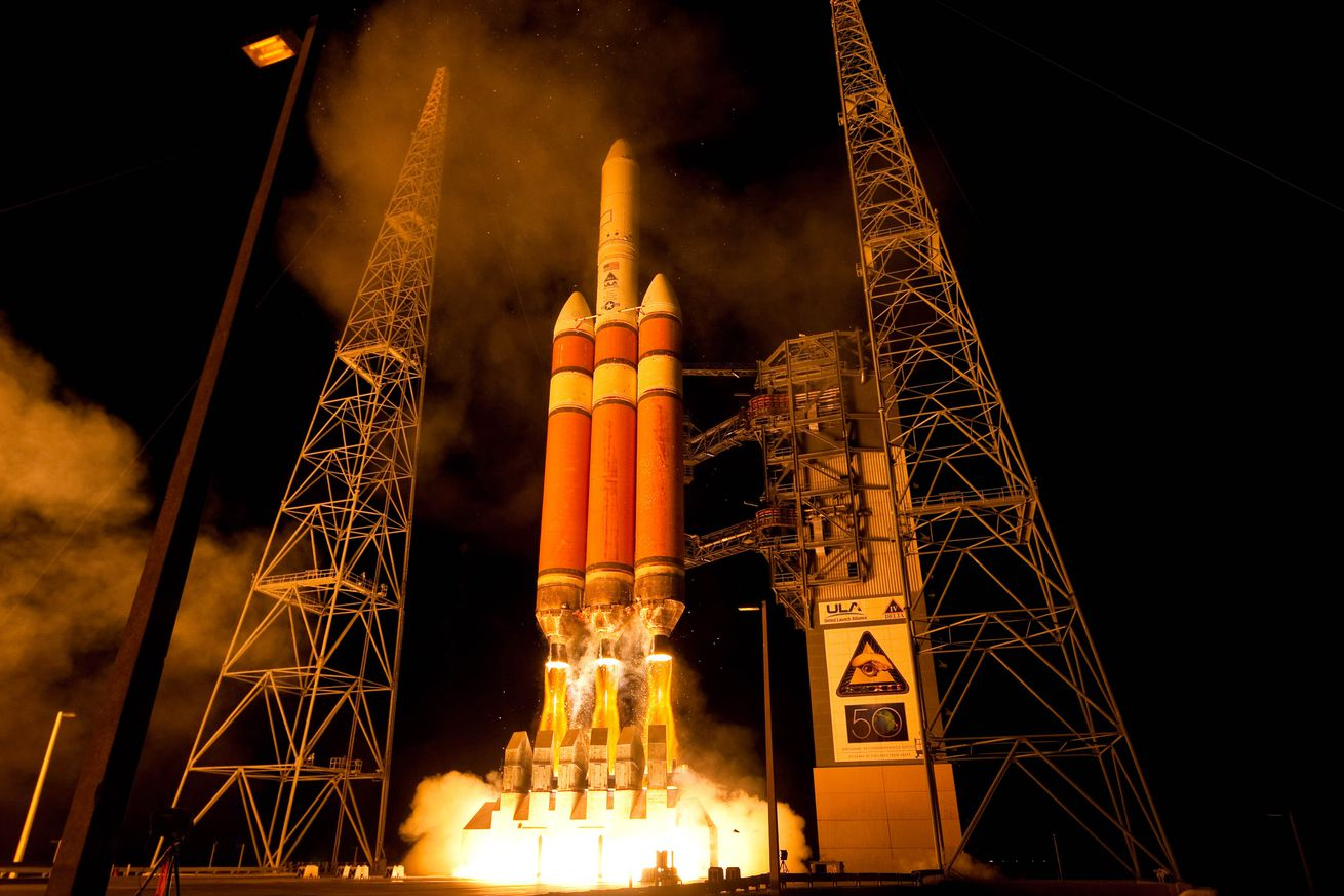 nasa successfully launched a spacecraft that will study the sun s atmosphere