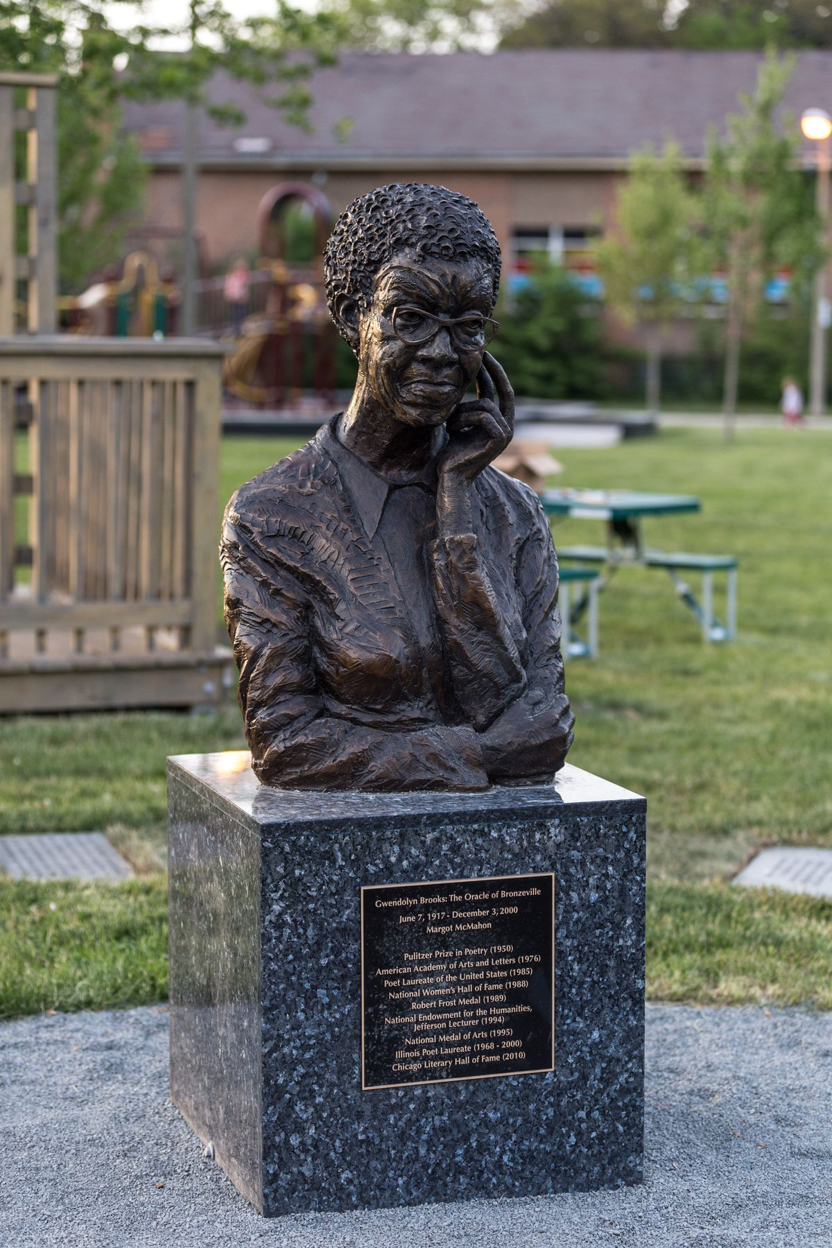 Gwendolyn Brooks' sculpture at the Gwendolyn Brooks Park, 4542 S. Greenwood Ave.   Erin Brown/Sun-Times