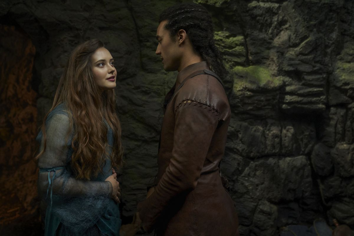 CURSED (L TO R) KATHERINE LANGFORD as NIMUE and DEVON TERRELL as ARTHUR in episode 105 of CURSED Cr. ROBERT VIGLASKY/Netflix � 2020