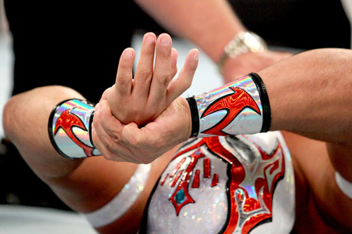 Sin cara injury dislocated finger forced stoppage of - Sin cara definition ...