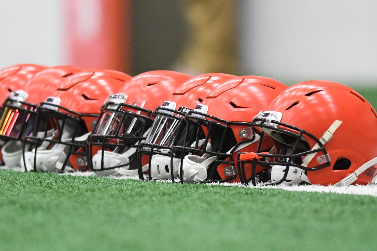 Cleveland Browns Plan To Keep Current Helmet Design Dawgs