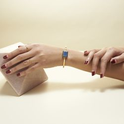 """Today, the world of pretty wearables gets another win with the launch of Ringly's """"Aries"""" collection."""