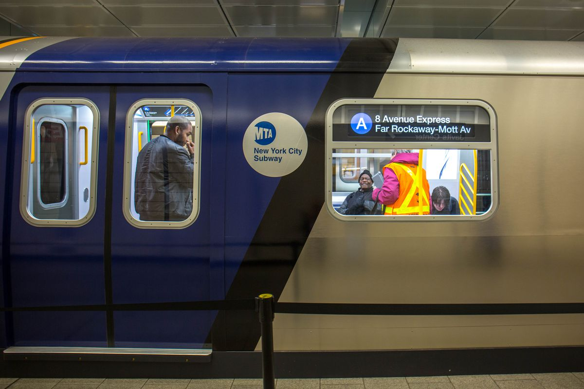 Nyc Subway Map Pics Stock.Mta Unveils Prototype For Its New Open Gangway Subway Cars Photos