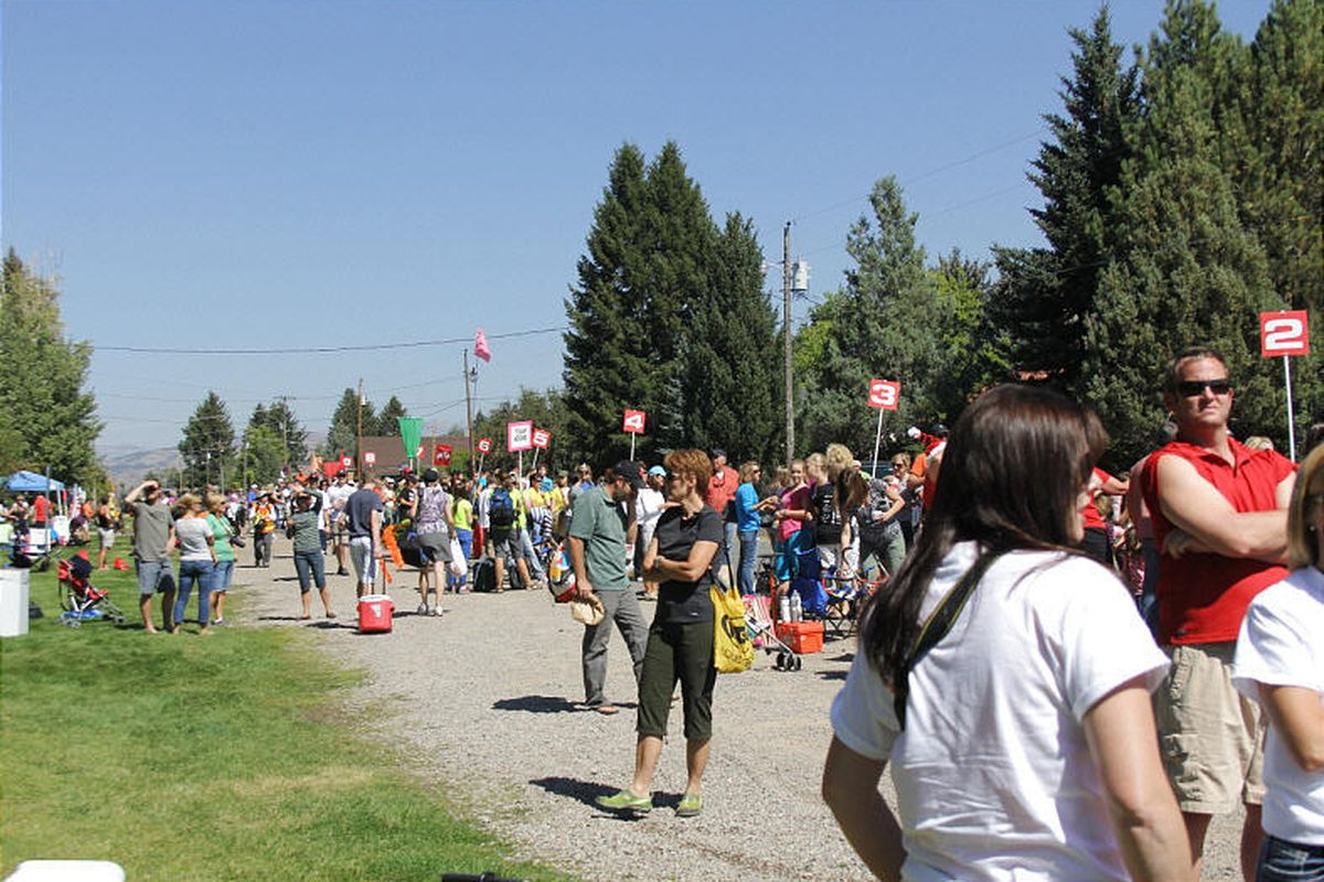 Support Teams wait in Afton, Wyoming for riders to come through for fresh water and food at one of four designated stop.
