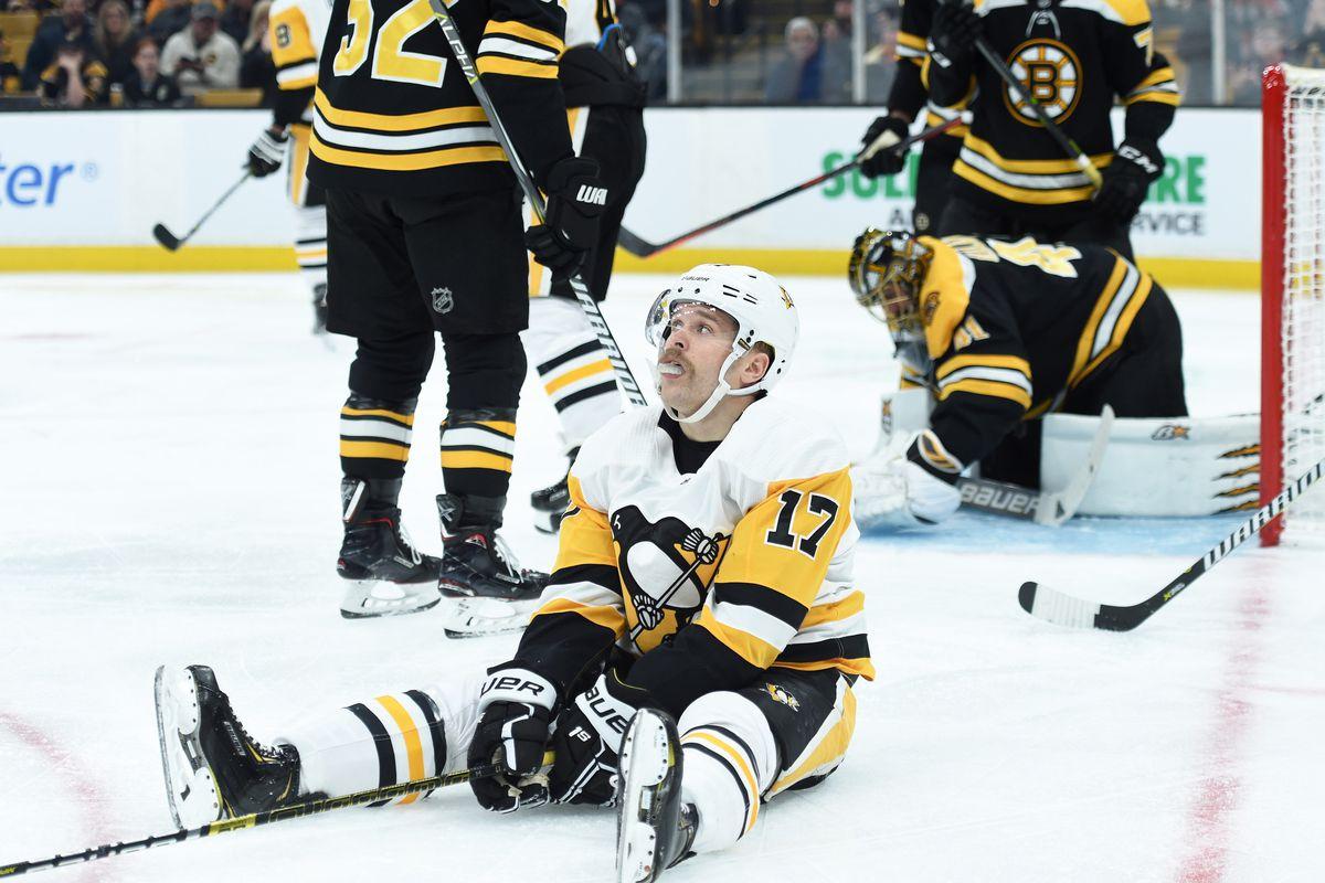 NHL: Pittsburgh Penguins at Boston Bruins