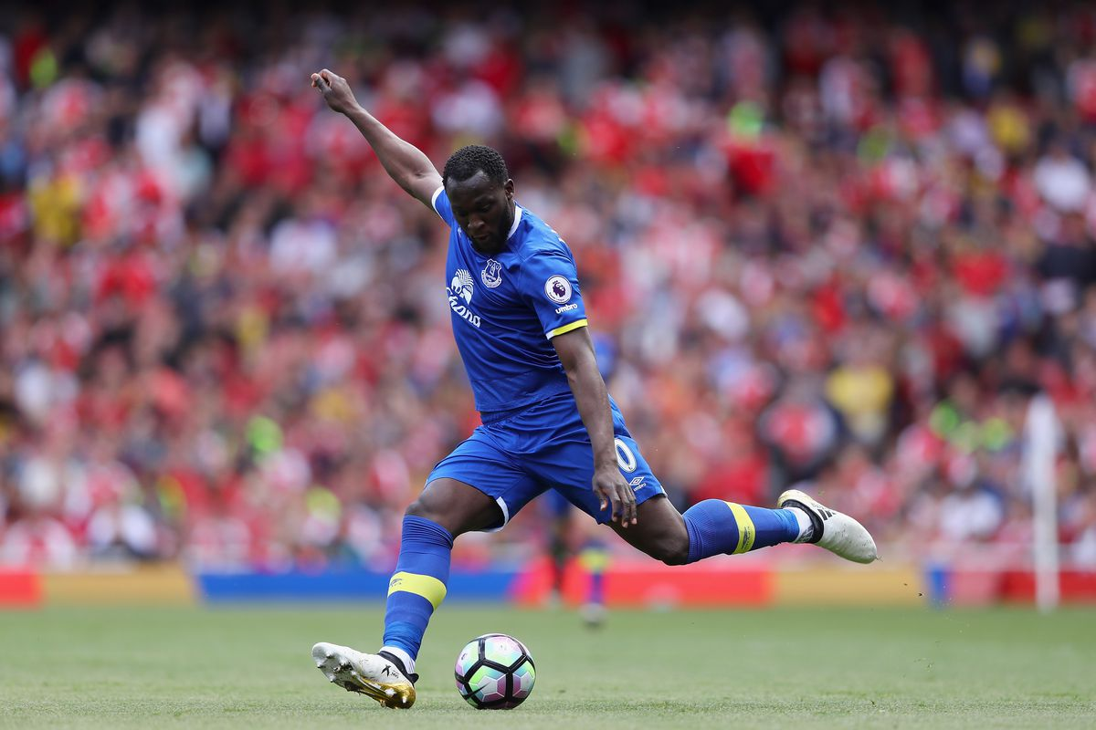 Manchester United announce Everton have accepted transfer fee bid for Romelu Lukaku