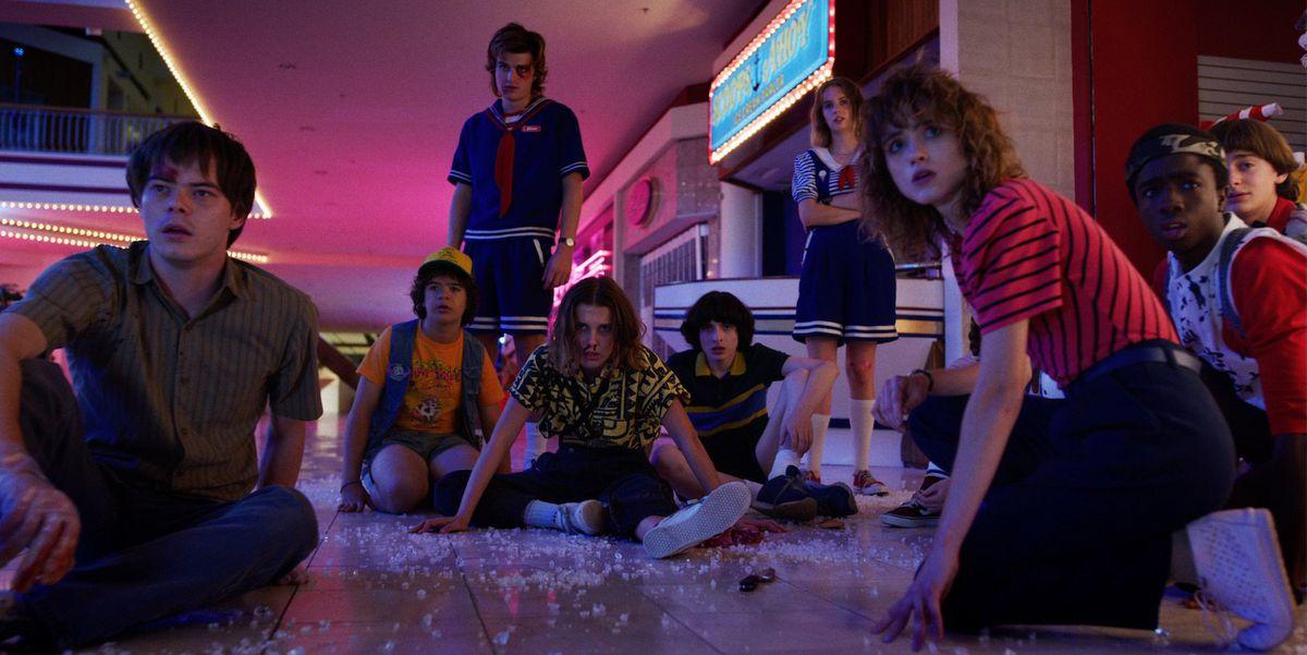 Stranger Things season 3 - the kids at a mall