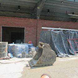 3:20 p.m. Equipment and supplies still lining Waveland -