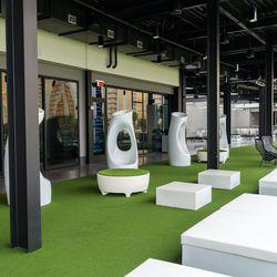 Topgolf fourth level lounge