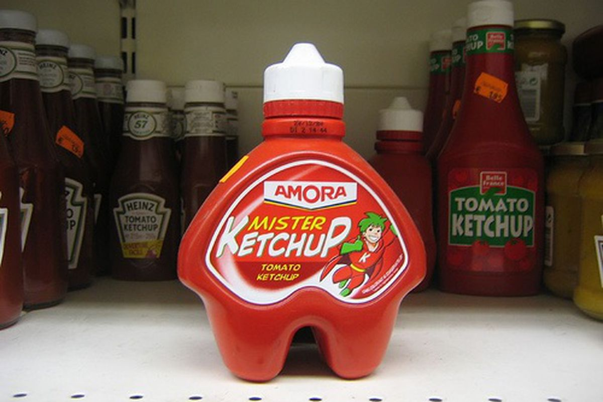 Amora, a French brand of ketchup.