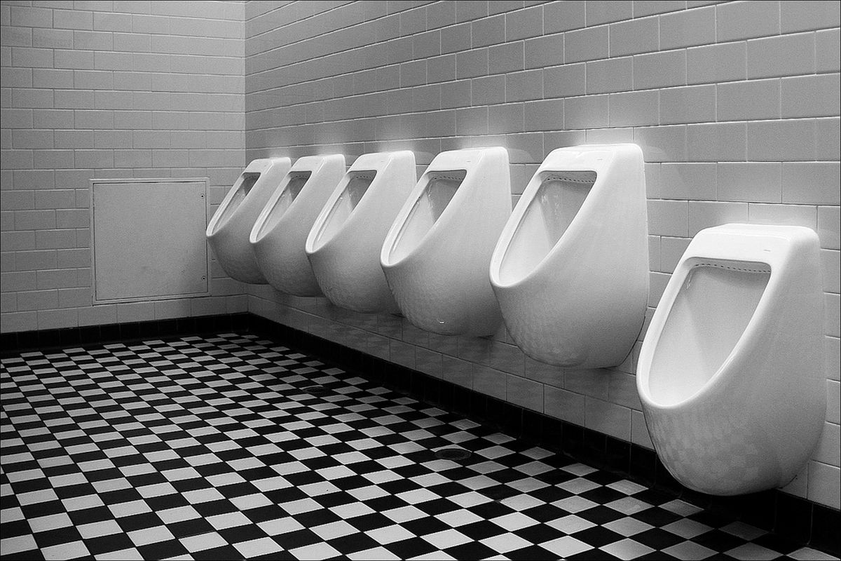 urinal (flickr)