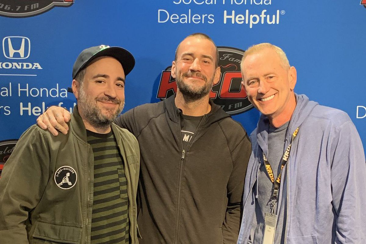 Cm Punk Talks Possible Wwe Return And Fox Rumors Cageside Seats