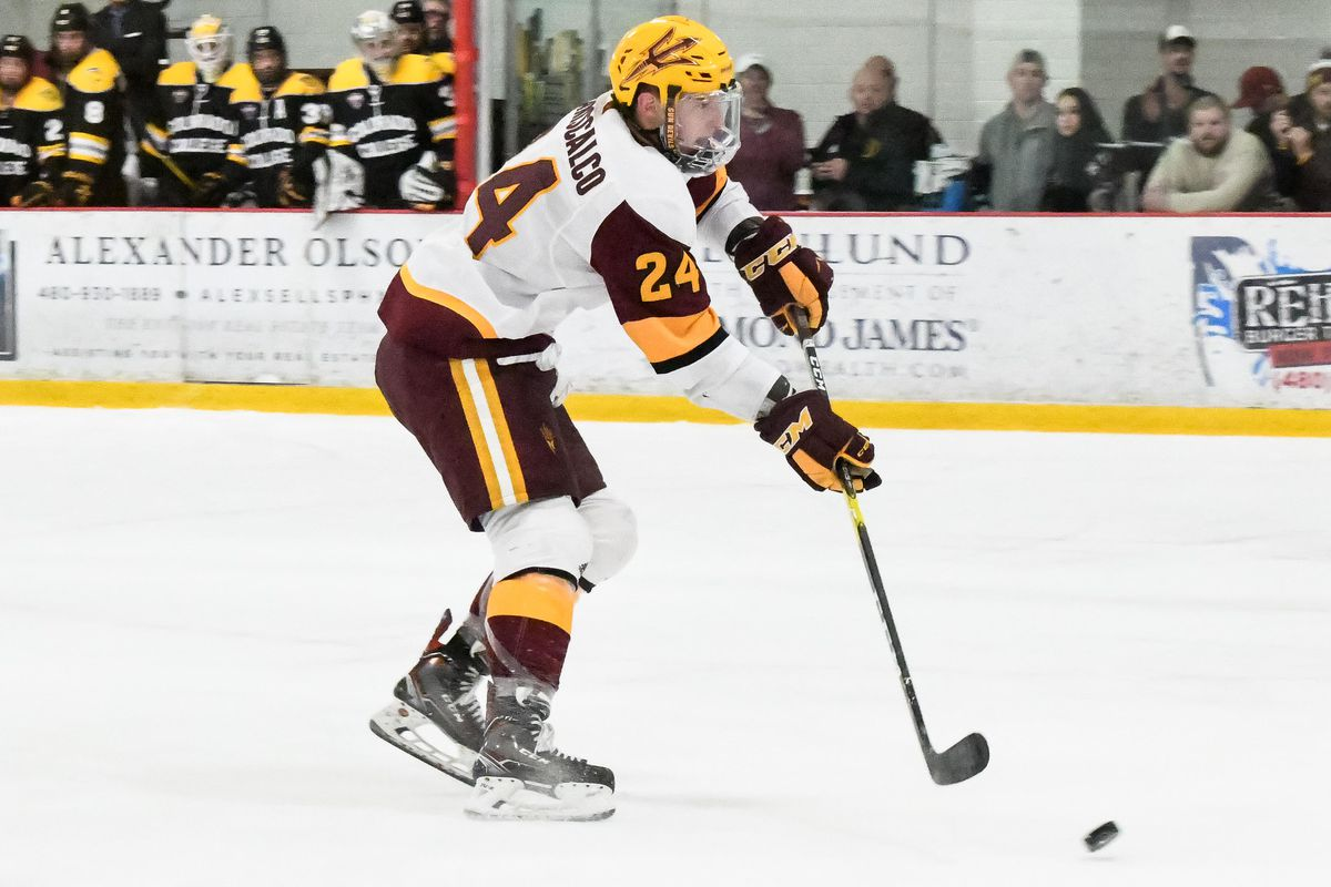 ASU Hockey  No. 15 Devils rally to pull off 4-2 comeback win against ... 7a73c71fa